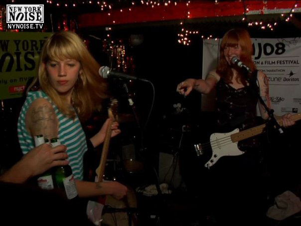 Vivian Girls at NY Noise 5 Year Anniversary, 2008